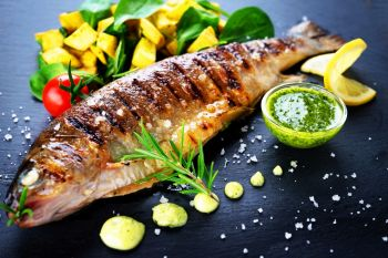 grilled-trout-with-potato-and-spinach-P4FZP5U.JPG